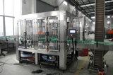 Завершите сок полоща заполняя покрывая производственную линию завод