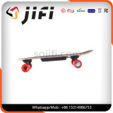 """O skate o mais novo do balanço do auto do """"trotinette"""" do projeto com 4wheelers"""