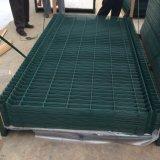 o PVC verde ou preto de 1.8m revestiu 3 V que dobram o painel soldado da cerca do engranzamento de fio para a venda