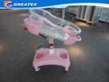 Pesebre plástico del bebé del hospital, carro del resorte de gas (GT-2310A)