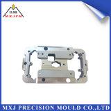 Dispositivo elétrico plástico do molde da modelagem por injeção do metal para automotriz