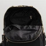 Черный Nylon мешок Backpack способа заклепки (15A055)