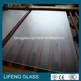 Glace inférieure r3fléchissante de panneau solaire de fer de la chaleur texturisée claire