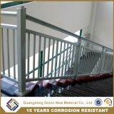 Балюстрада поручня Railing лестницы металла утюга Wought стальная алюминиевая