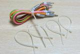 25PCS par sac Attache de câble en nylon réutilisable de résistance à la chaleur universelle