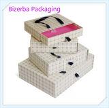 Boîte en carton colorée de cadeau de qualité