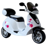 Kind-Fahrt auf Motorrad-Fahrt auf Spielzeug
