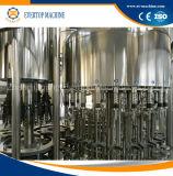 Macchina di rifornimento dell'acqua minerale della bottiglia di vetro