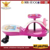 Carro colorido e brilhante do balanço do bebê do brinquedo dos miúdos para 2-7years velho