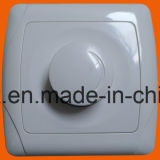 Euro simple Pin 2 Gang Wall Switch et 2 Socket de Style 1