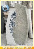 De geslepen Blauwe Grafsteen van het Graniet met Gesneden Bloemen