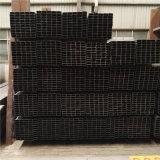 ASTM A500 GR. un aislante de tubo rectangular negro del metal con la superficie del petróleo
