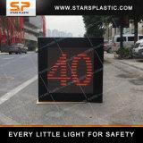 Détecteur de radar de vitesse avec visage criant pour la sécurité routière