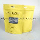 Levantarse la bolsa con el Ziplock para los frutos secos