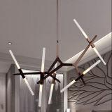Iluminação moderna especial da lâmpada do pendente do candelabro do diodo emissor de luz no preto