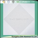 Имитация высокого качества Perforated потолка покрытия крена