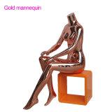 L'oro Shinny il Mannequin femminile della visualizzazione sulla vendita
