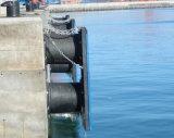 De cilindrische Stootkussens die van het Dok de RubberStootkussens van de Bescherming aanleggen