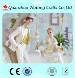 樹脂の装飾と結婚するカスタム結婚式のカップルの置物表のセンターピース