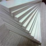 Blanco rígido de techo de PVC Junta de espuma