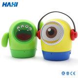 Muñeca linda, pequeño hombre amarillo, mini locutor sin hilos de Bluetooth