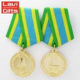 Hersteller-überzog preiswertes kundenspezifisches Metall-UAE-Matten-Gold USA Militärpin-Preis-Stern-Ehrenmedaillen-Aufhängung und Stutzen-Farbband