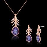 Collar determinado y pendientes del Zircon del oro del encadenamiento de la joyería púrpura de la manera