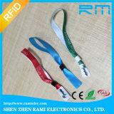 Wristband tessuto HF del tessuto 13.56MHz RFID per il randello