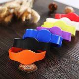 Wristband su ordinazione di vendita caldo del silicone dell'OEM/Wristband del braccialetto/PVC