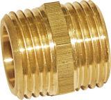 Guarnición recta de cobre amarillo de la entrerrosca de Copuling (A. 0208)