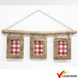 Cornice multipla di legno della parete dell'annata del vetro di finestra