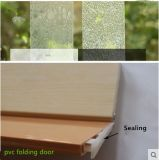 Porta de dobradura com deslizamento do punho e do vidro acrílico