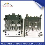 Muffa di plastica dello stampaggio ad iniezione della parte del connettore elettronico