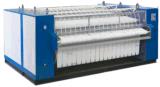3000mmの蒸気暖房の洗濯のFlatworkのアイロンをかける機械