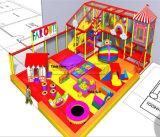 Campo de jogos interno dos miúdos grandes e de alta qualidade do divertimento do elogio