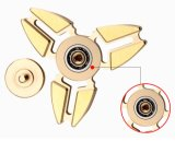 Giocattoli di titanio di rame d'ottone del filatore della mano di EDC della lega di alluminio dello zinco del metallo con cuscinetto di ceramica, tri barretta