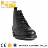 De zwarte Goede Laarzen van de Enkel van de Laars van het Leger van het Leer van de Slijtage Echte Militaire