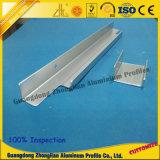 Aluminio en el perfil de aluminio de la protuberancia con trabajar a máquina del CNC