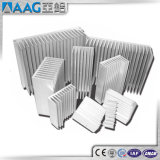 6063-T5によってカスタマイズされるアルミニウム脱熱器放出のプロフィール