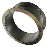Blech-Teil, das verbiegt, um einen Kreisring zu bilden