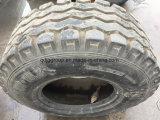 농업 방안과 영농 기계 트레일러는 12.5/80-15.3에 있는 타이어를 기울게 한다