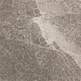600X600mmの灰色カラーセメントの無作法なタイルのスリップ防止床タイル