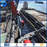 Approvisionnement d'usine flottant l'aile rempli de mousse de bateau de Yokohama