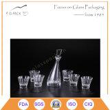 Бутылка и чашки вина роскошной конструкции картины стеклянные