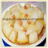 Moitiés blanches en boîte de poires de neige en sirop léger de Chine