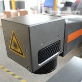 ネームプレート20W 30W 50Wのためのデスクトップのファイバーレーザーのマーカー