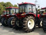Nuovi trattori dei trattori 4WD 130HP della rotella di arrivo da vendere