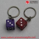 Recuerdo material Keychain de la forma de los dados del mini claro de la resina