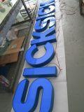 주문을 받아서 만들어진 높은 광도 스테인리스 아크릴 LED 편지 표시 게시판