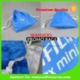 綿のライニングが付いている青いポリエステルドローストリングの宝石類袋